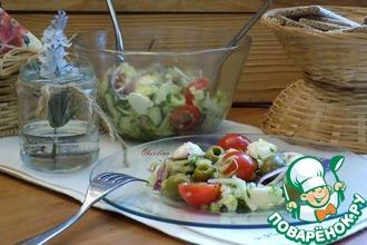 Рецепт: Салат с молодой капустой и моцареллой