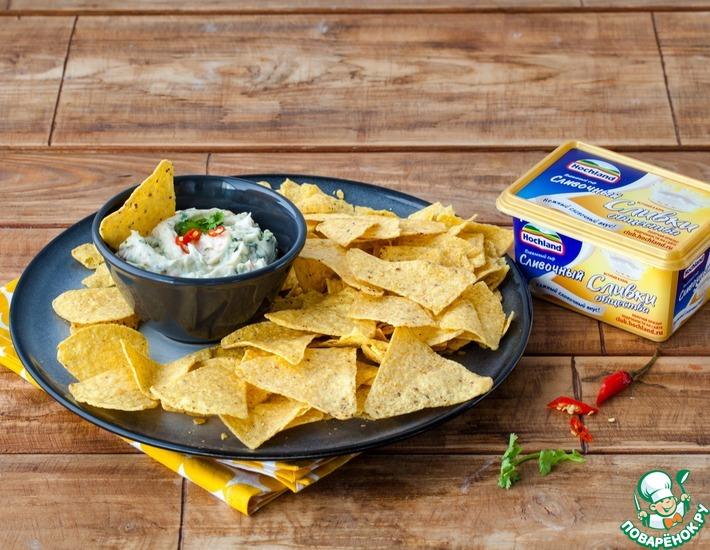 Рецепт: Начос с сырным соусом