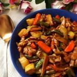 Овощи с мясом в кисло-сладком соусе