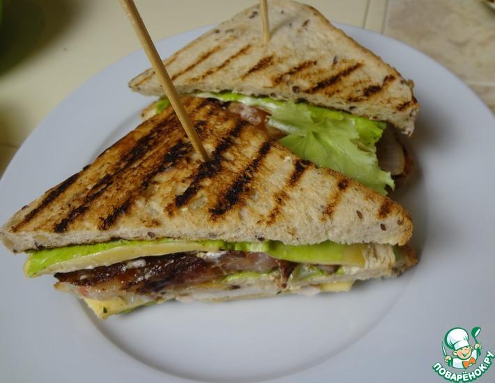 Рецепт: Клаб-сэндвич с беконом и курицей