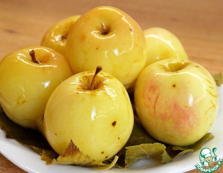 Рецепт: Мочёные яблоки