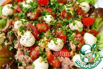 Рецепт: Салат с тунцом и моцареллой