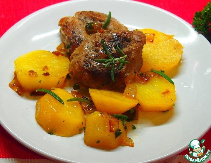 Рецепт: Картофель с мясными медальонами и розмарином