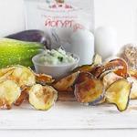 Овощные чипсы с огуречной раитой