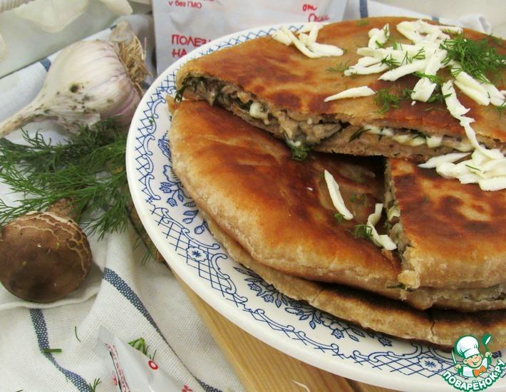 Рецепт: Цельнозерновые лепешки с грибами и сыром