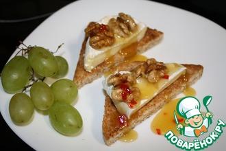 Рецепт: Закуска из сыра бри с орехами