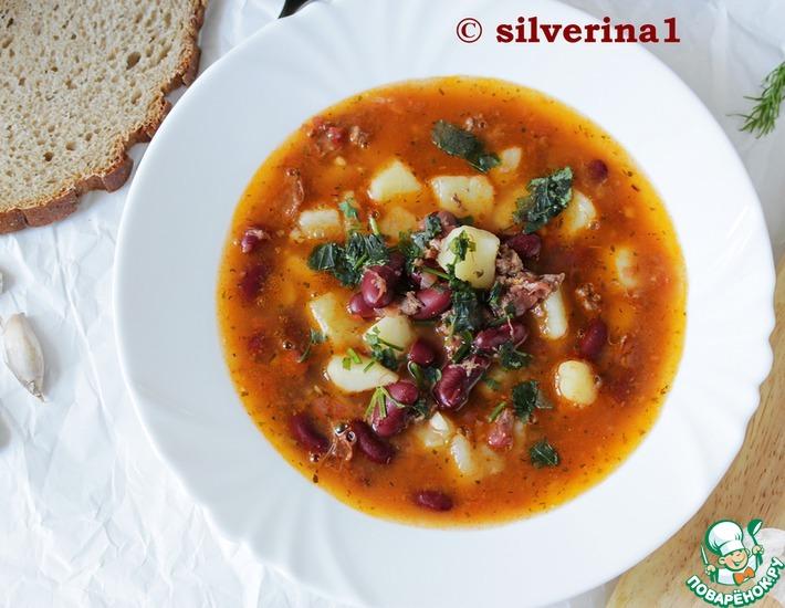 Рецепт: Мегабыстрый и вкусный фасолевый суп