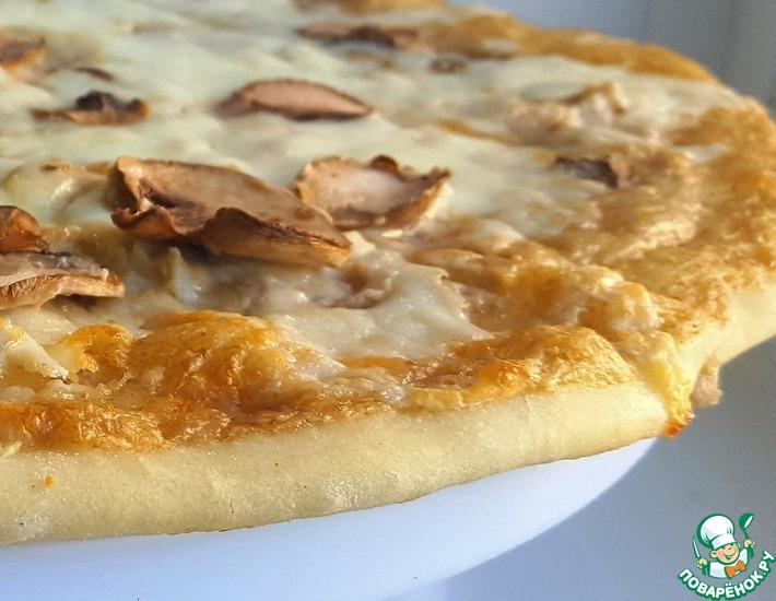 Рецепт: Пицца с грибным белым соусом