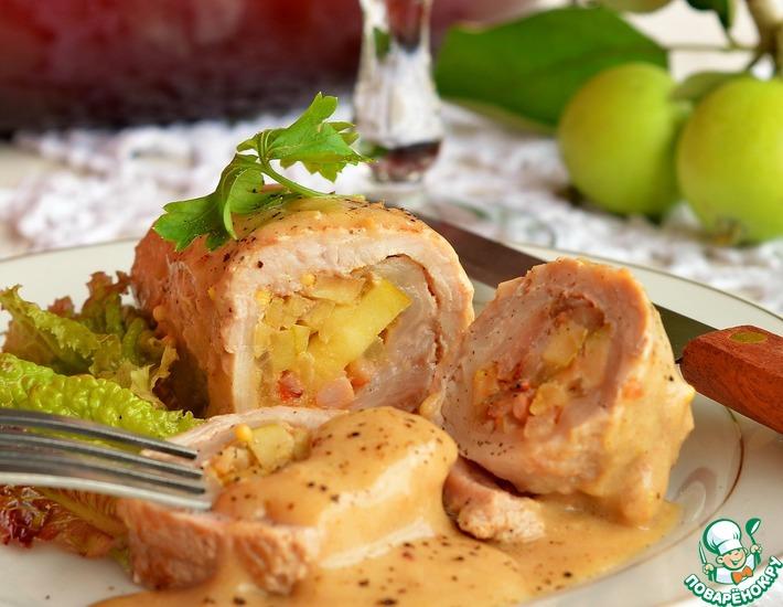 Рецепт: Свиные рулады с яблоком и грудинкой
