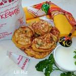 Оладьи с сыром и вялеными помидорами