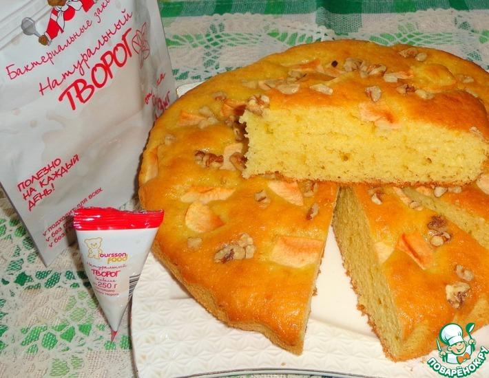 Рецепт: Творожный пирог с яблоками и орехами