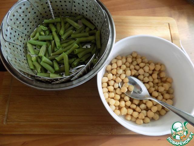 Салат с фасолью на пару