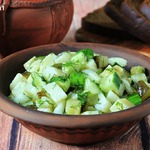 Картофельный салат с огурцами по-монастырски