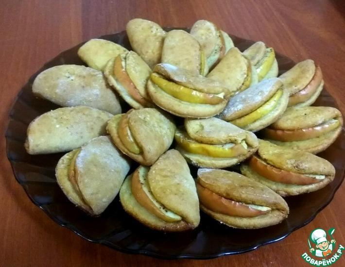 Рецепт: Творожное печенье с яблоком