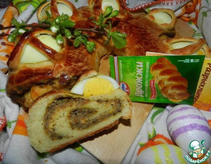 Рецепт: Пасхальный венок с куриной печенью