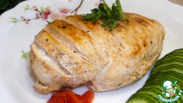 Куриное филе в пергаменте на сковороде photo