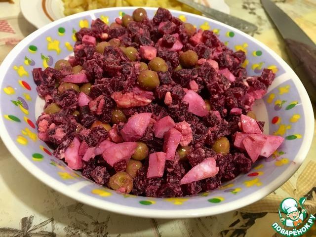 Свекольный салат photo