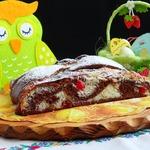 Шоколадный пирог с кокосово-вишневой начинкой