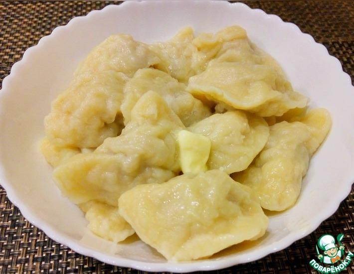 Рецепт: Вкусные вареники на кефире с фаршем