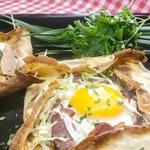 Французская блинная галета на завтрак