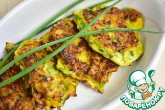 Рецепт: Кабачковые оладьи с зеленым луком