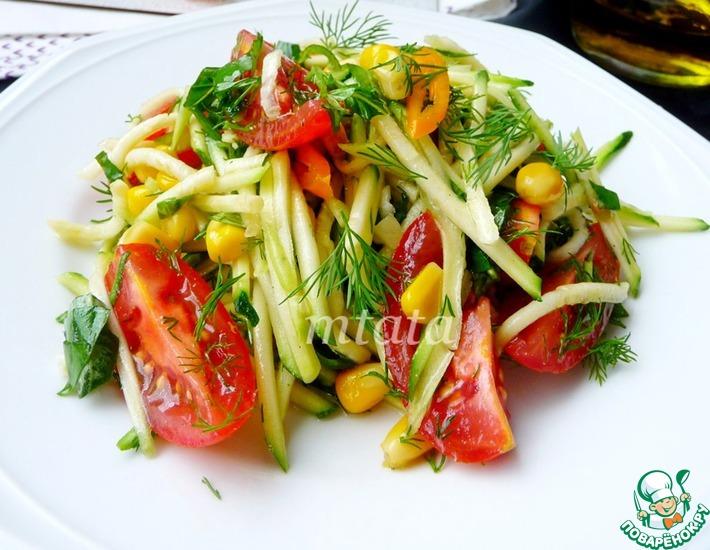 Рецепт: Салат из цуккини с помидорами и кукурузой