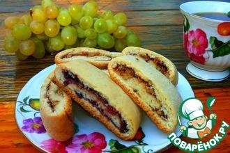 Рецепт: Печенье с вареньем и орехами