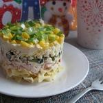 Слоеный макаронный салат