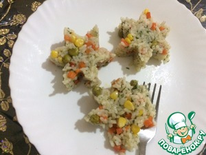 Идеальная пара для наших котлет рис с овощами.