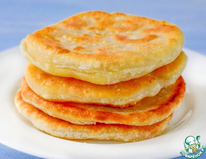 Рецепт: Лепешки с сыром на воде