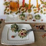Сырные шарики с орехами и клюквой