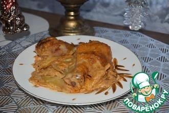 Рецепт: Картофель с курицей в сметанном соусе