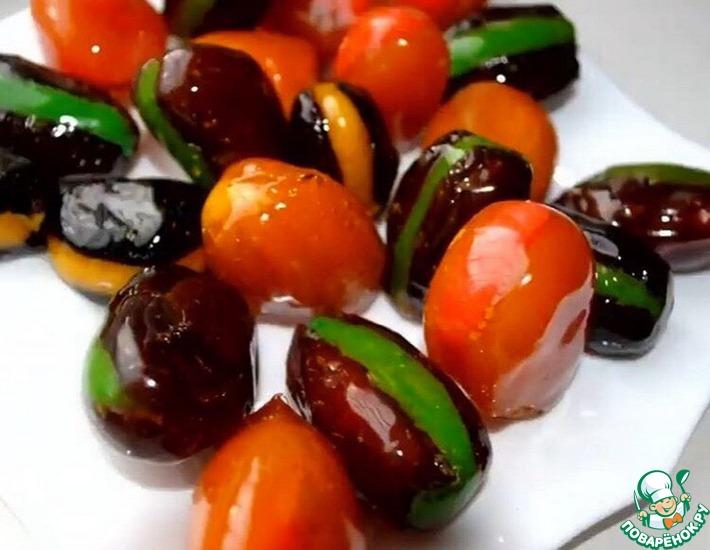 Рецепт: Конфеты из сухофруктов с миндальной начинкой