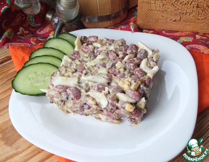 Рецепт: Салат с фасолью и шампиньонами