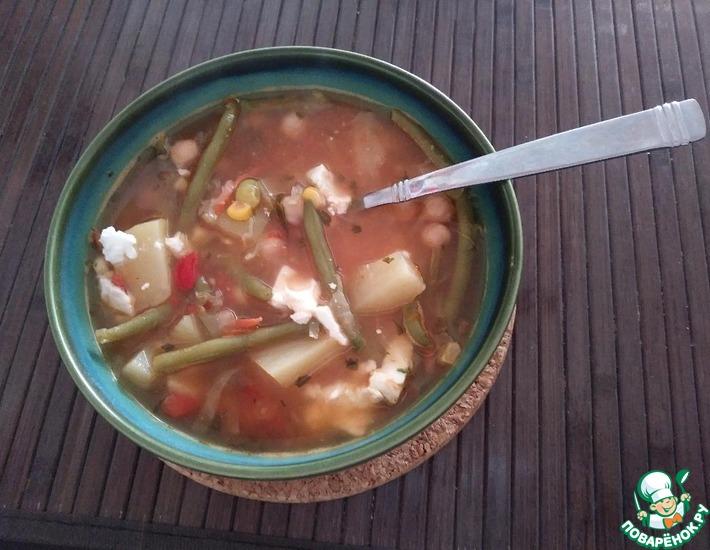 Овощной суп с фасолью и фетой