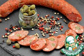 Рецепт: Колбаса с каперсами и вялеными томатами
