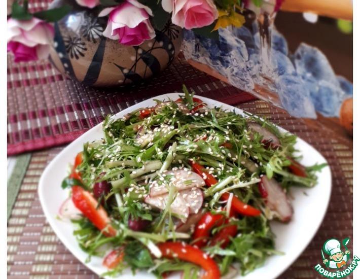 Рецепт: Зеленый салат с фасолью и гранатовой заправкой