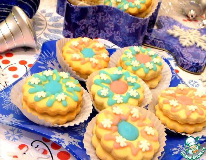 Рецепт: Печенье Марципановые сендвичи в сахарной глазури