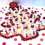 Пирожные Миндально-клюквенные снеговички