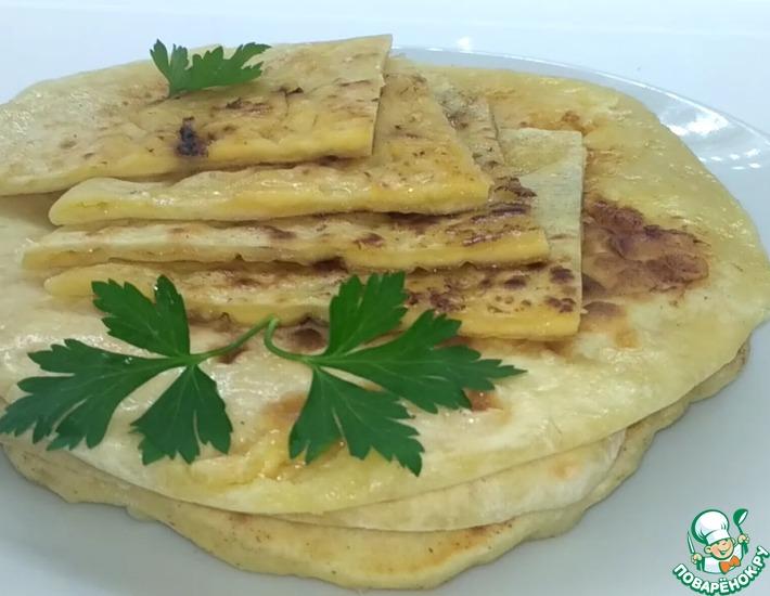 Рецепт: Хачапури с сыром на сковороде
