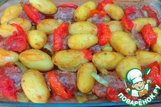 Рецепт: Котлеты с молодым картофелем в духовке