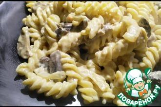 Рецепт: Макароны в сливочно-грибном соусе с сыром