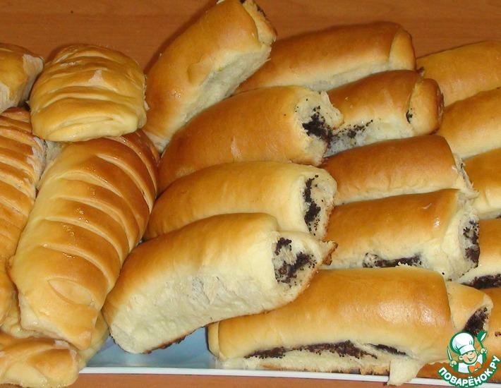 Рецепт: Сдобные пирожки с маком и абрикосами