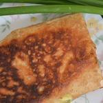 Пирожки из лаваша с зеленым луком