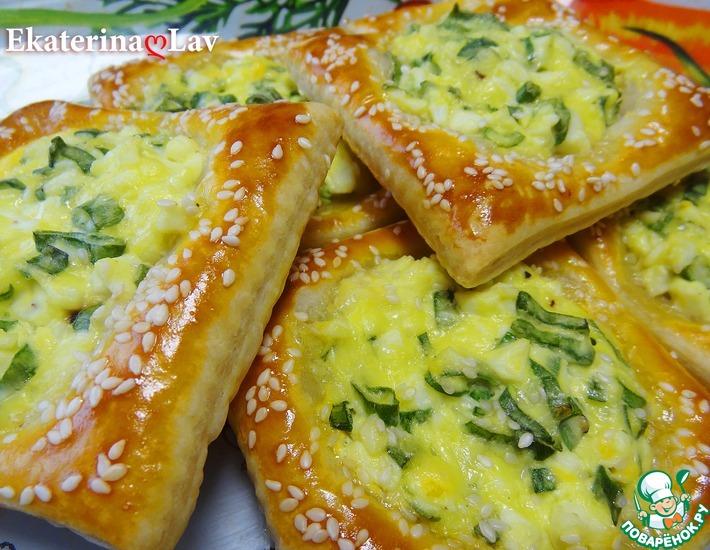 Рецепт: Пирожки Минутки с яйцом и луком