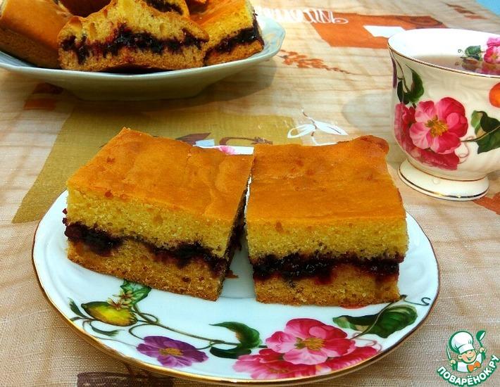 Рецепт: Пирог на кефире с вареньем