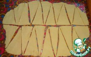 Творожные рогалики с ореховой начинкой, пошаговый рецепт на 2842 ккал, фото, ингредиенты - @portnova_yulia