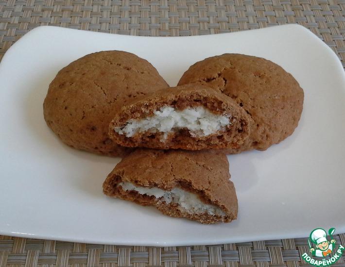 Рецепт: Шоколадное печенье с кокосовой начинкой