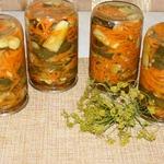 Салат с огурцами и морковью по-корейски