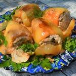 Фаршированные перцы в грибном соусе